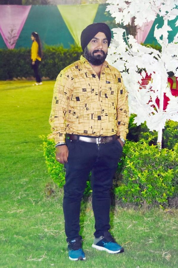 Sikh Matrimonial Grooms biodata and photos